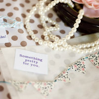 DIY: Tiny Bunting Favors