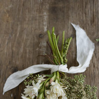 DIY: Fragrant Winter Bouquet
