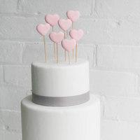 DIY: Fondant Heart Cake Toppers