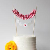 DIY: Ruffled Cake Banner