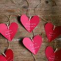 1375205038_thumb_1367593927_content_diy_heart-shaped-escort-cards_1
