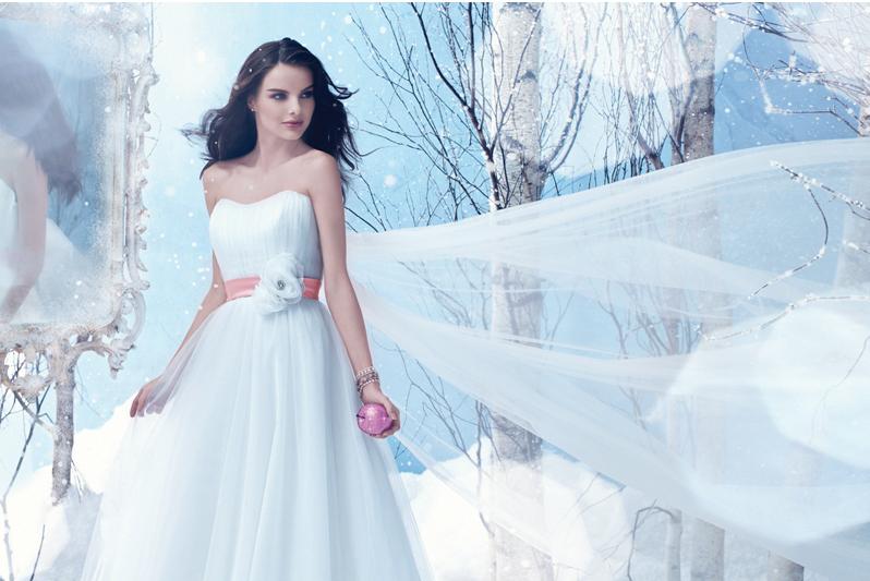 Style 220 - Snow White