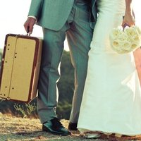 10 Honeymoon Carry-On Must-Haves