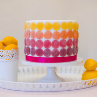 DIY: Colorful Fruit Gem Cake