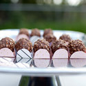 1375582389_thumb_1368046714_content_diy_truffle-favor-boxes_1