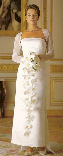 How To Make Bridal Bouquet Cascade : Diy wedding challenge cascade bride s bouquet project