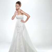 Picking a Wedding Dress to Flatter your Figure