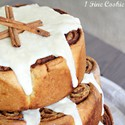 1375592191 thumb cinnamon roll cake by 1 fine cookie 2 682x1024
