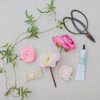 DIY: Floral Wrist Corsage