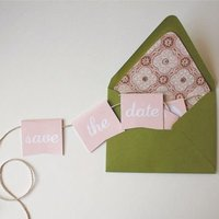 DIY: Mini Bunting Save the Dates