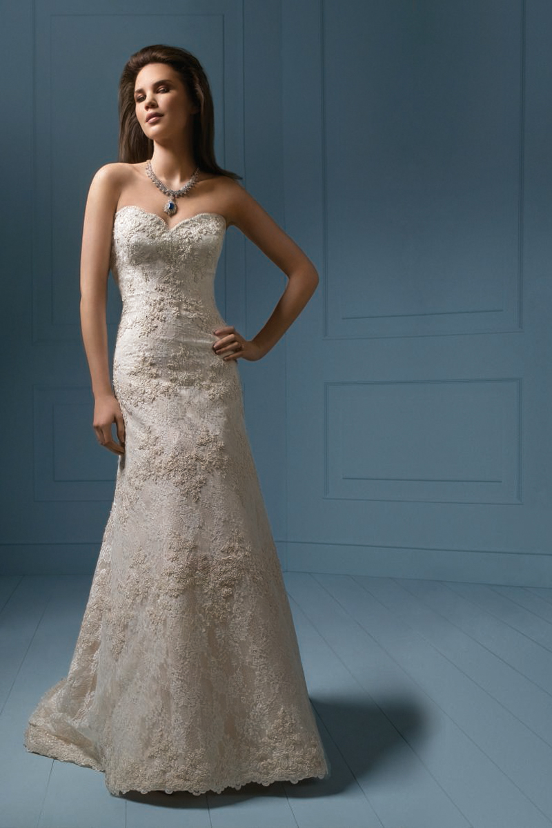 Wedding Dresses, Sweetheart Wedding Dresses, Lace Wedding Dresses, Fashion, Lace, Sweetheart, Strapless, Strapless Wedding Dresses, Alfred angelo, chapel train
