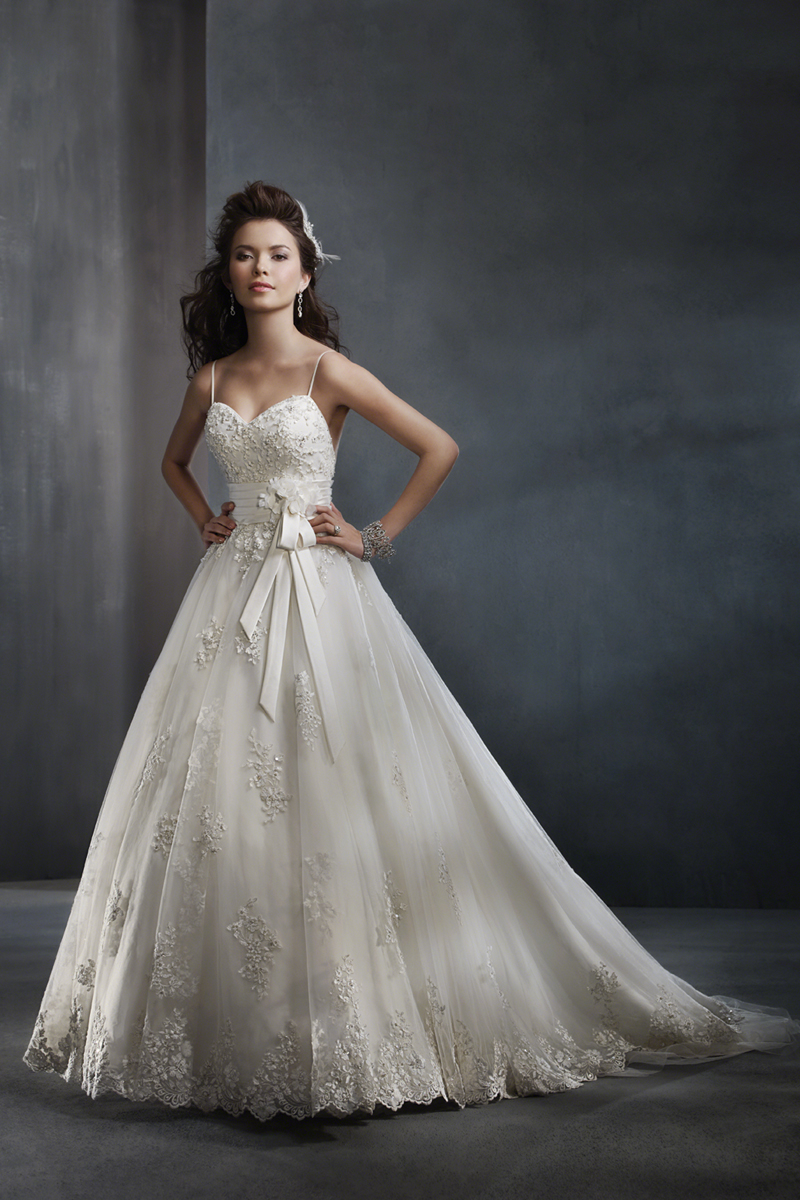 Wedding Dresses, Ball Gown Wedding Dresses, Lace Wedding Dresses, Fashion, Lace, Beading, Satin, Embroidery, Alfred angelo, Ball gown, net skirt, Beaded Wedding Dresses, satin wedding dresses