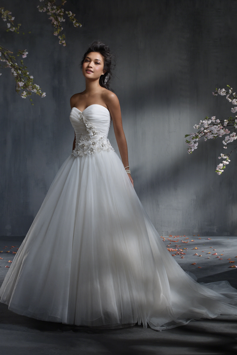 Wedding Dresses, Sweetheart Wedding Dresses, Ball Gown Wedding Dresses, Fashion, Sweetheart, Strapless, Strapless Wedding Dresses, Organza, Alfred angelo, Ball gown, organza wedding dresses
