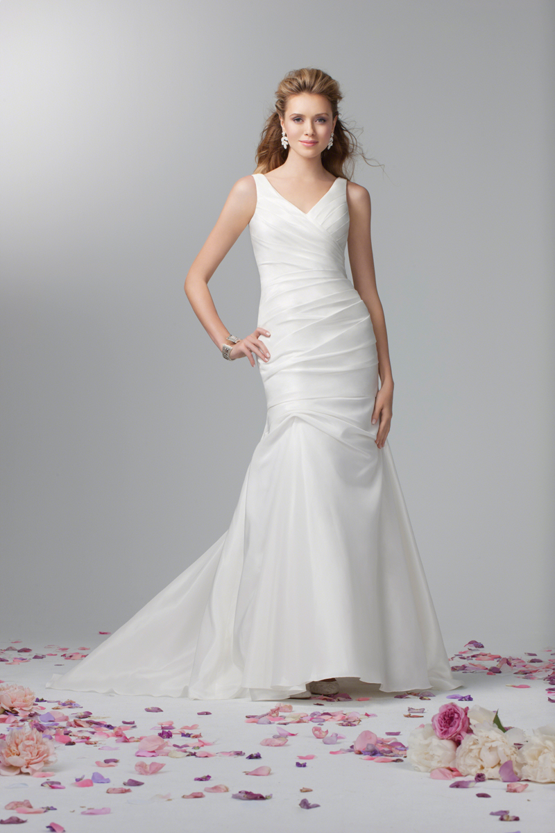 Wedding Dresses, Fashion, Classic, V-neck, V-neck Wedding Dresses, Alfred angelo, Taffeta, dropped waist, taffeta wedding dresses, Classic Wedding Dresses
