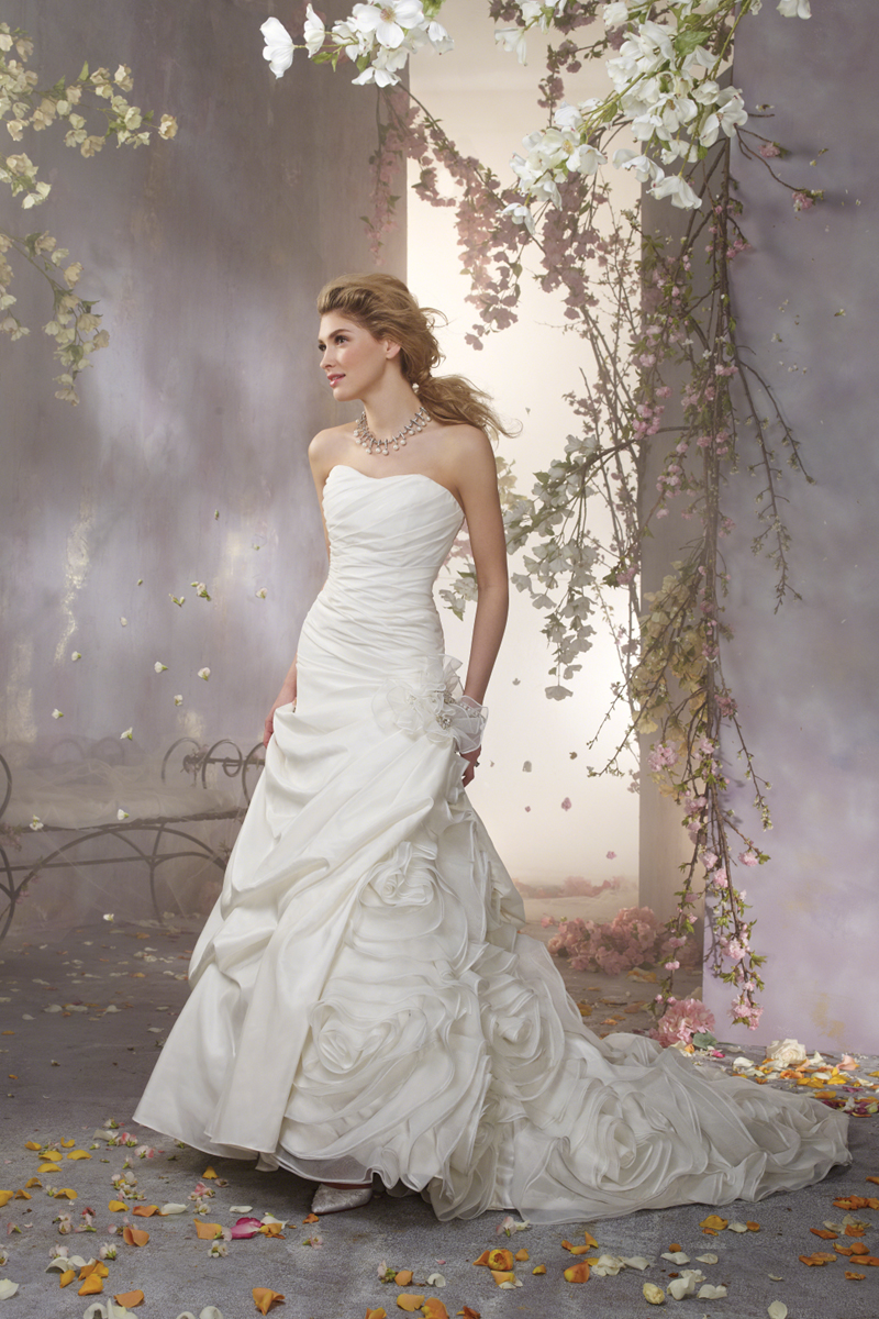 Wedding Dresses, Fashion, Strapless, Strapless Wedding Dresses, Flower detail, Alfred angelo, Taffeta, Ruching, taffeta wedding dresses