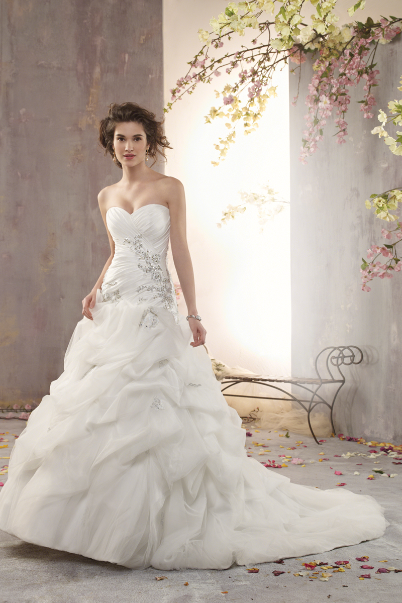 Wedding Dresses, Fashion, Strapless, Strapless Wedding Dresses, Beading, Alfred angelo, Taffeta, Pick-ups, Ruching, Beaded Wedding Dresses, taffeta wedding dresses