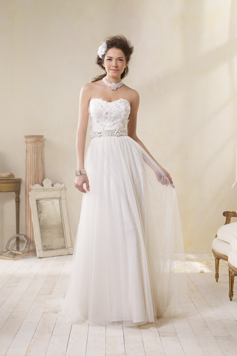 Wedding Dresses, Lace Wedding Dresses, Fashion, Lace, Strapless, Strapless Wedding Dresses, Alfred angelo, Beaded belt, organza flowers