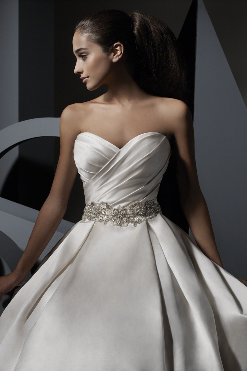 Wedding Dresses, Sweetheart Wedding Dresses, Fashion, Sweetheart, Strapless, Strapless Wedding Dresses, Satin, Rhinestones, Alfred angelo, pleated skirt, satin wedding dresses