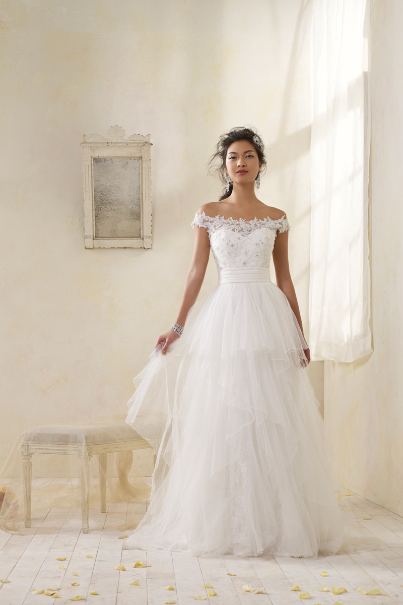 Wedding Dresses, Lace Wedding Dresses, Fashion, Lace, Off the shoulder, Beading, Alfred angelo, net fabric, Off the Shoulder Wedding Dresses, Beaded Wedding Dresses