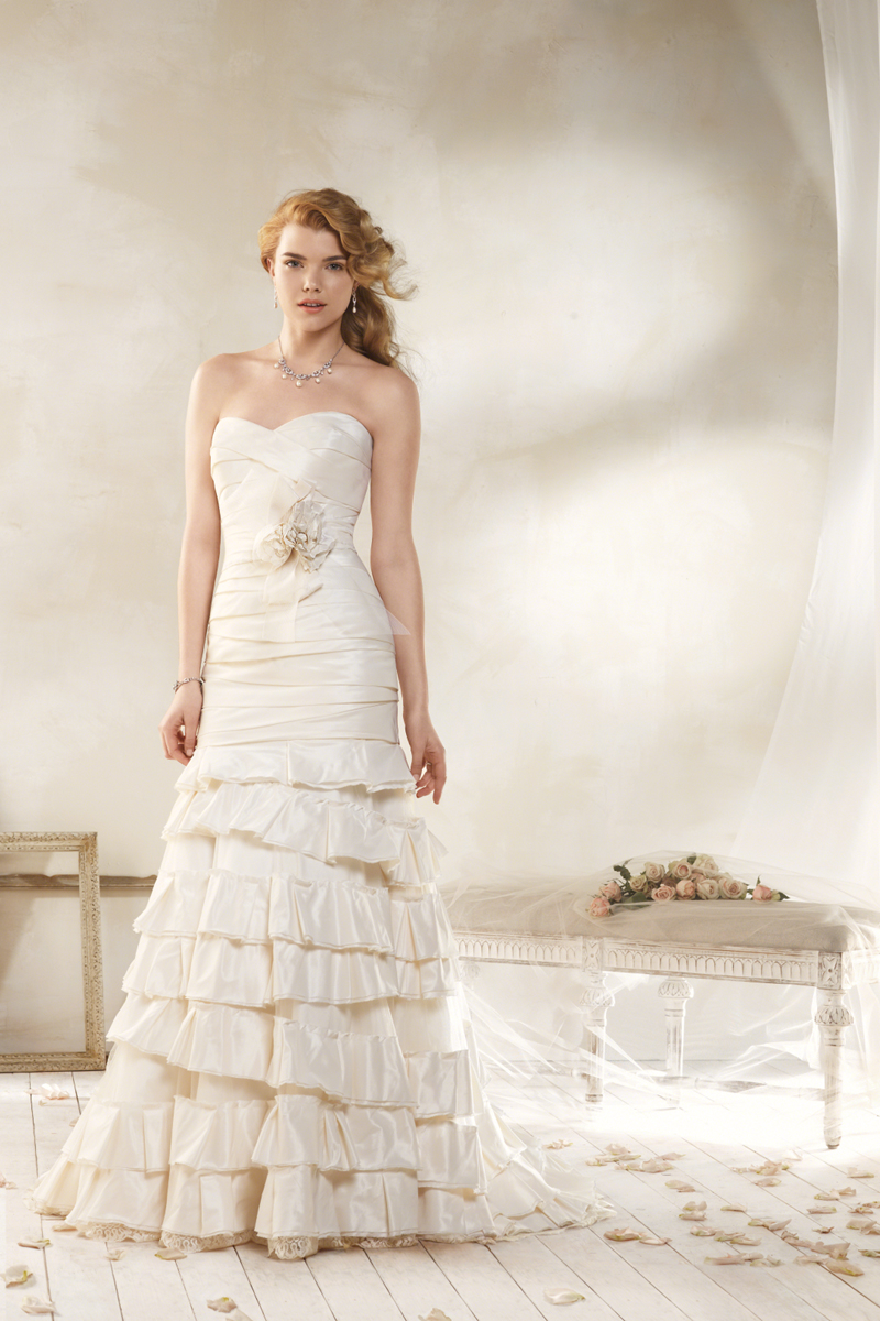 Wedding Dresses, Fashion, Strapless, Strapless Wedding Dresses, Alfred angelo, Taffeta, 3D flower, layered skirt, taffeta wedding dresses