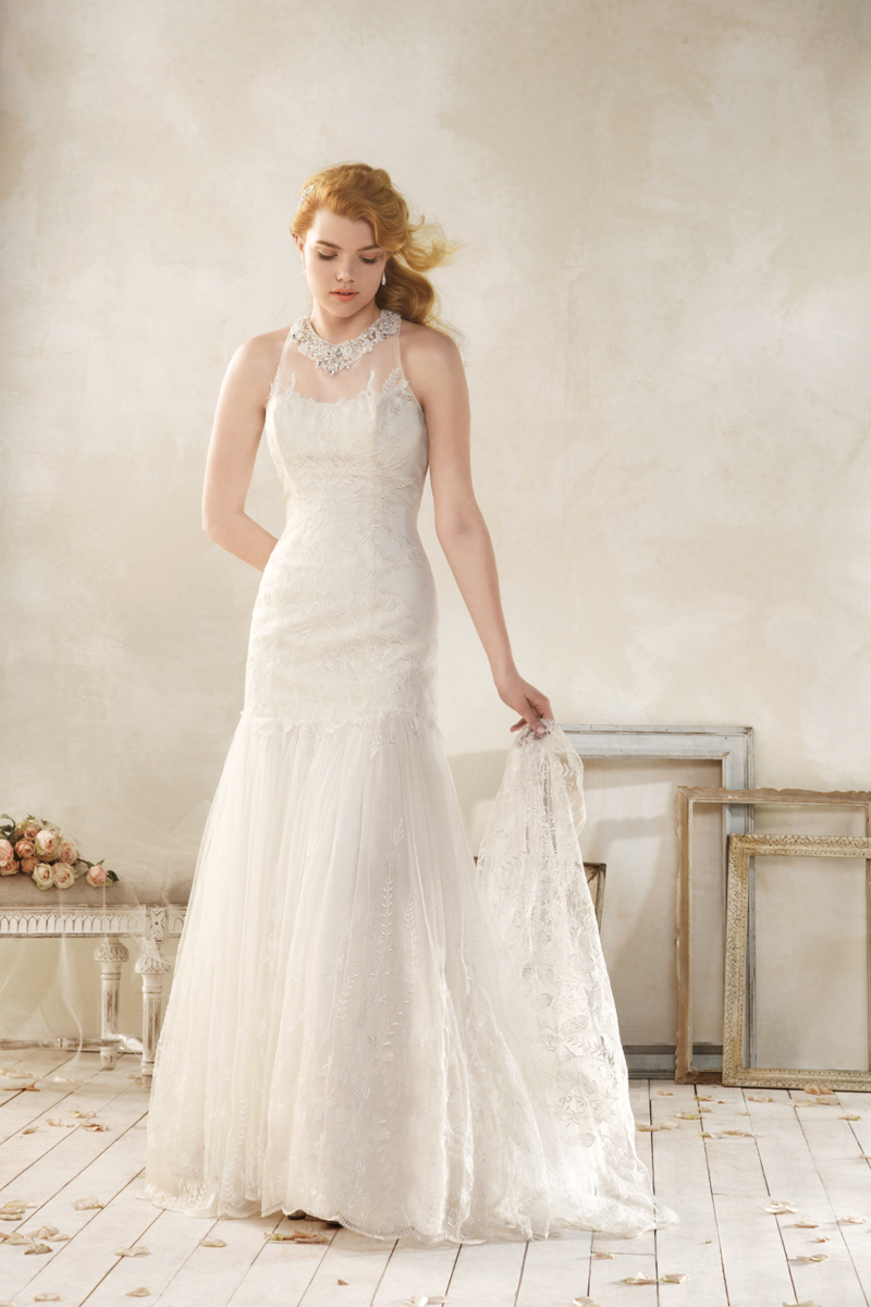 Wedding Dresses, Lace Wedding Dresses, Fashion, Lace, Alfred angelo, Sleeveless, dropped waist, illusion neckline, jewel neckline