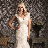 Wedding Dresses, Lace Wedding Dresses, Fashion, Lace, Allure Bridals, Applique, Swarovski crystal, Scalloped, empire waist