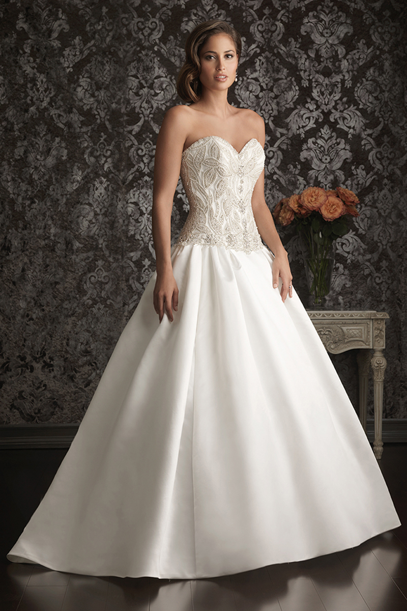 Wedding Dresses, Sweetheart Wedding Dresses, Ball Gown Wedding Dresses, Fashion, Sweetheart, Strapless, Strapless Wedding Dresses, Allure Bridals, Satin, Embroidery, Swarovski crystals, Ball gown, chapel train, satin wedding dresses