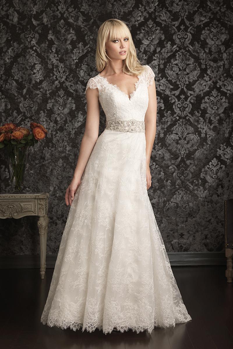 Wedding Dresses, Lace Wedding Dresses, Fashion, Lace, Cap sleeves, Allure Bridals, Applique, Swarovski crystal, Scalloped, empire waist