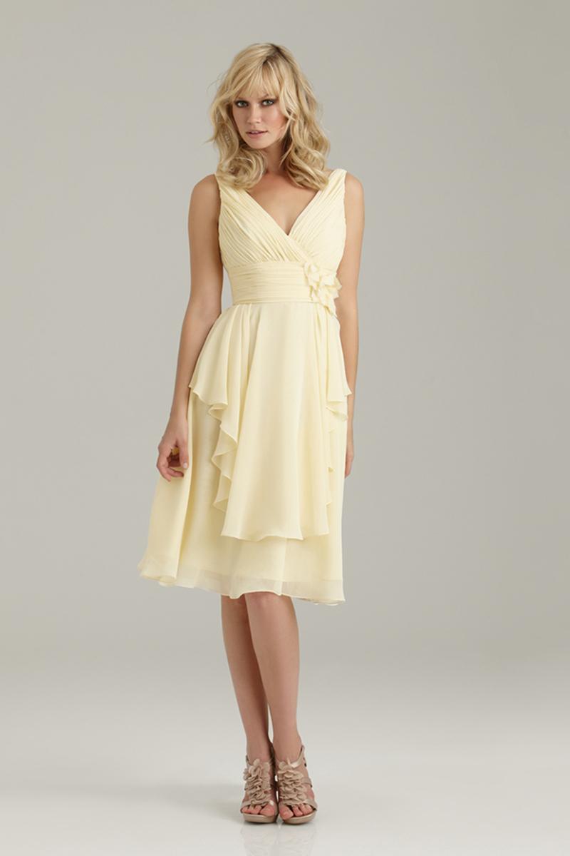 Bridesmaids, Bridesmaids Dresses, Fashion, V-neck, V-neck Wedding Dresses, Allure Bridals, Chiffon, Ruching, Chiffon Wedding Dresses