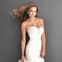 Wedding Dresses, Sweetheart Wedding Dresses, Fashion, Sweetheart, Strapless, Strapless Wedding Dresses, Fit and flare, Allure Bridals, Swarovski crystals