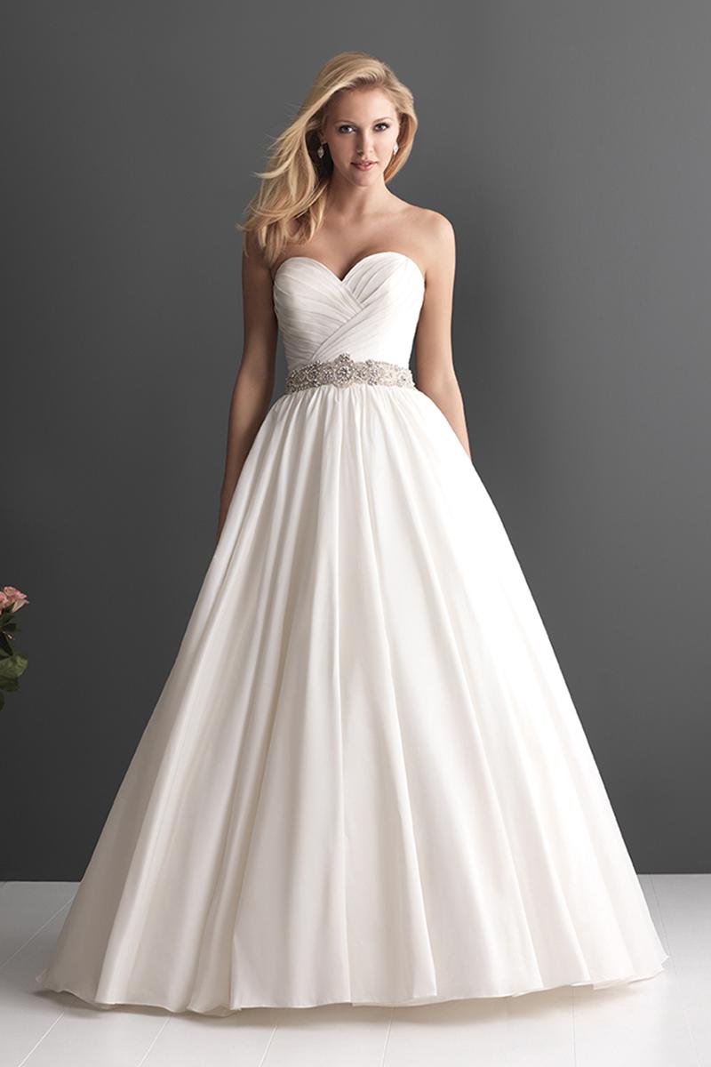 Wedding Dresses, Sweetheart Wedding Dresses, Fashion, Sweetheart, Strapless, Strapless Wedding Dresses, Allure Bridals, Swarovski crystals, Ruching, Tafetta
