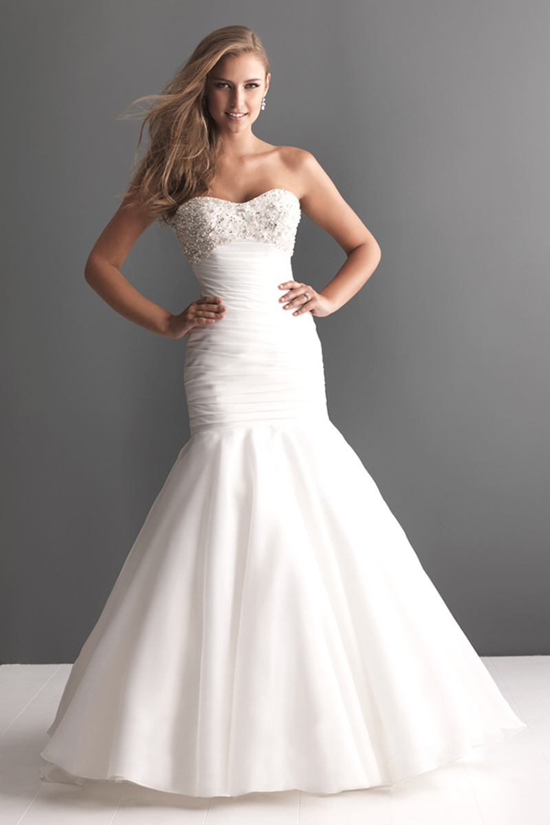 Wedding Dresses, Fashion, Strapless, Strapless Wedding Dresses, Allure Bridals, Embroidery, Organza, Ruching, scooped neck, organza wedding dresses