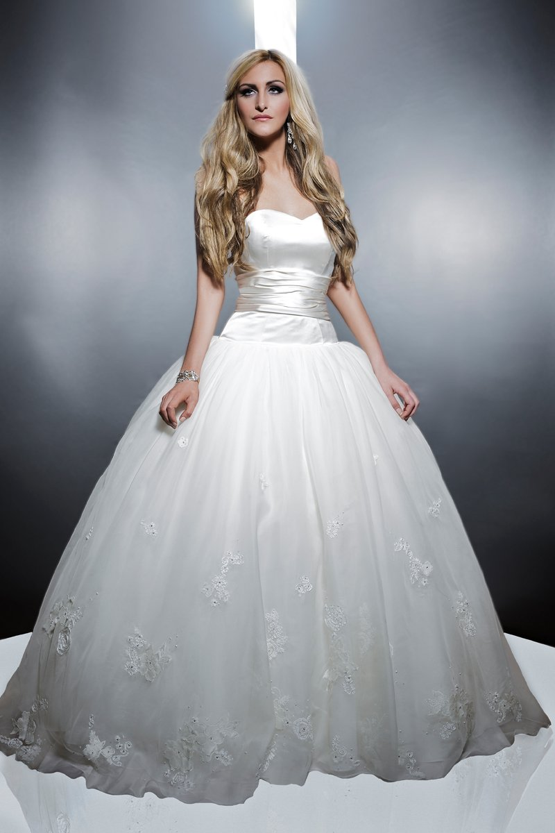 Wedding Dresses, Sweetheart Wedding Dresses, Ball Gown Wedding Dresses, Fashion, white, ivory, Classic, Flowers, Shabby Chic, Sweetheart, Strapless, Strapless Wedding Dresses, Satin, Floor, Formal, Organza, Natural, Modest, Sleeveless, Ball gown, Angel Rivera, organza wedding dresses, Classic Wedding Dresses, satin wedding dresses, Flower Wedding Dresses, Formal Wedding Dresses, Floor Wedding Dresses, Modest Wedding Dresses, Shabby Chic Wedding Dresses