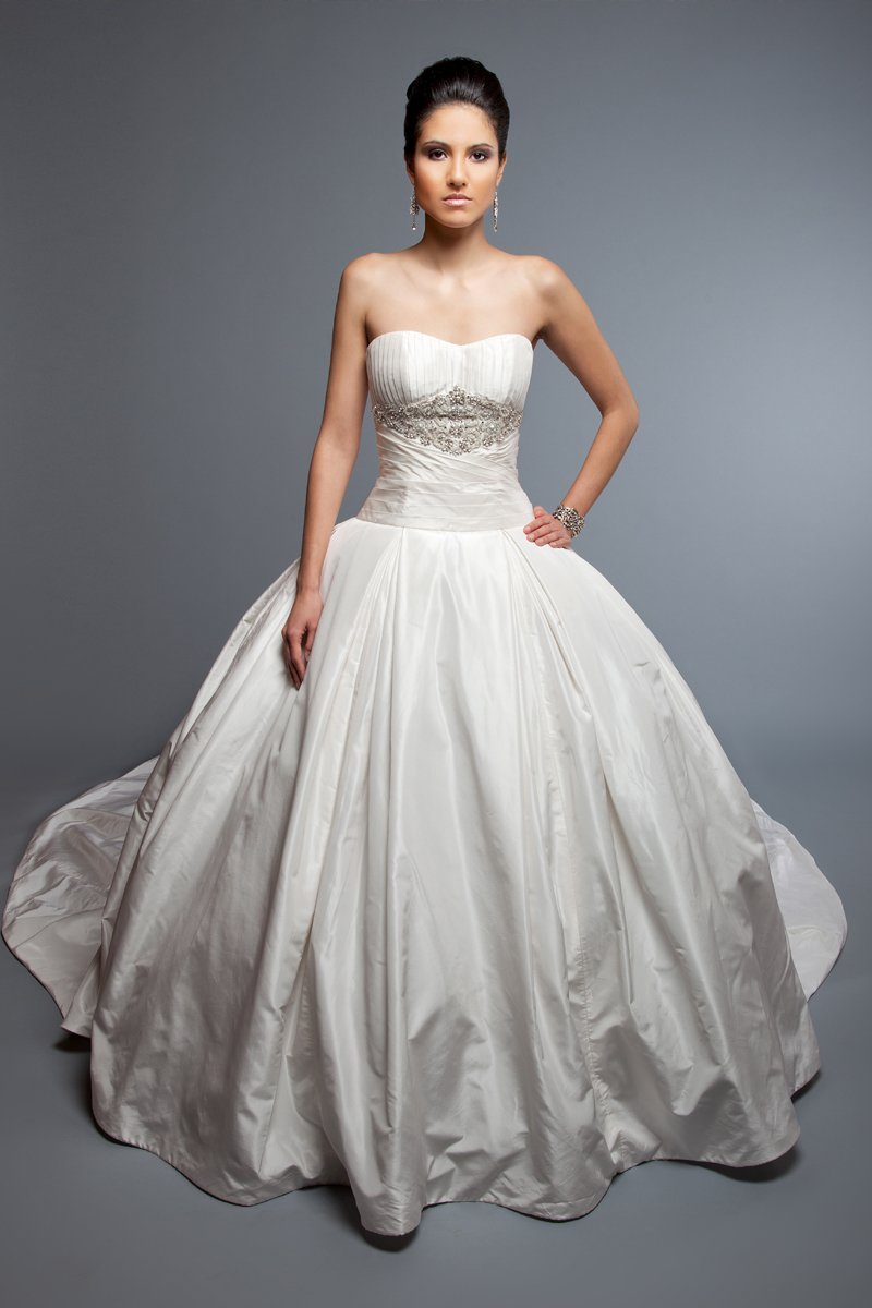 Sweetheart Wedding Dresses, Ball Gown Wedding Dresses, Romantic Wedding Dresses, Fashion, white, ivory, Classic, Romantic, Sweetheart, Strapless, Strapless Wedding Dresses, Beading, Floor, Formal, Wedding dress, Natural, Silk, Taffeta, Pleats, Sleeveless, Ball gown, Angel Rivera, Beaded Wedding Dresses, taffeta wedding dresses, Classic Wedding Dresses, Formal Wedding Dresses, Silk Wedding Dresses, Floor Wedding Dresses