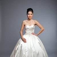 Sweetheart Wedding Dresses, Romantic Wedding Dresses, Fashion, ivory, Modern, Romantic, Sweetheart, Strapless, Strapless Wedding Dresses, Beading, Empire, Floor, Formal, Wedding dress, Silk, Pleats, Sleeveless, Angel Rivera, ball gorn, Modern Wedding Dresses, Beaded Wedding Dresses, Formal Wedding Dresses, Silk Wedding Dresses, Floor Wedding Dresses