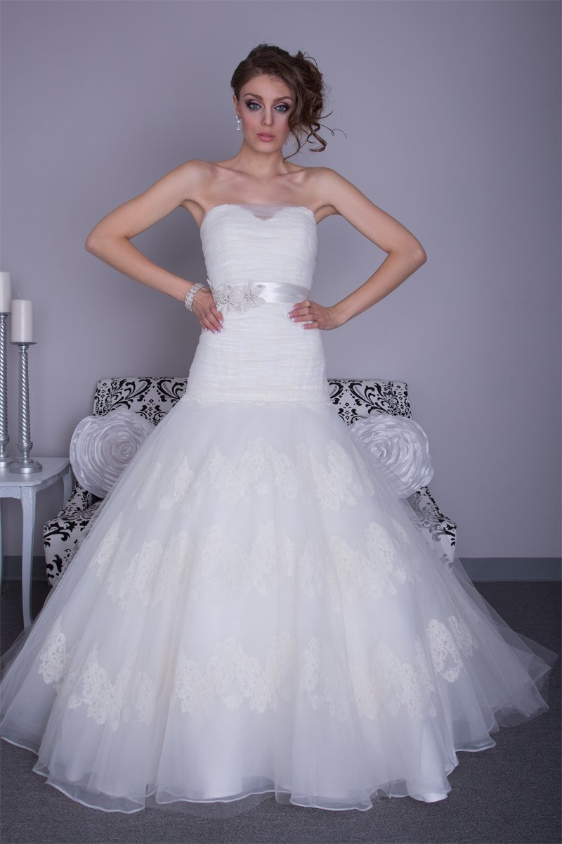 Sweetheart Wedding Dresses, Lace Wedding Dresses, Romantic Wedding Dresses, Hollywood Glam Wedding Dresses, Fashion, Spring, Summer, Romantic, Lace, Sweetheart, Strapless, Strapless Wedding Dresses, Tulle, Floor, Wedding dress, Organza, Silk, Hip, Dropped, Sleeveless, Ruching, Angel Rivera, hollywood glam, mermain/trumpet, organza wedding dresses, Spring Wedding Dresses, tulle wedding dresses, Silk Wedding Dresses, Summer Wedding Dresses, Floor Wedding Dresses, Hip Wedding Dresses