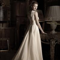 Wedding Dresses, Ball Gown Wedding Dresses, Lace Wedding Dresses, Fashion, Lace, Anne barge, Trumpet, Ball gown, bateau neckline
