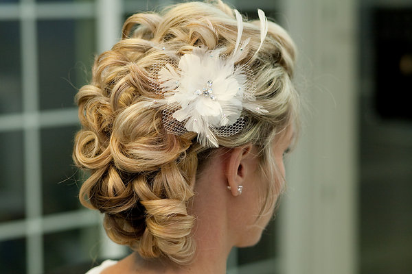 Beauty, Updo, Curly Hair, Hairpin, Feathers, Wedding Hair
