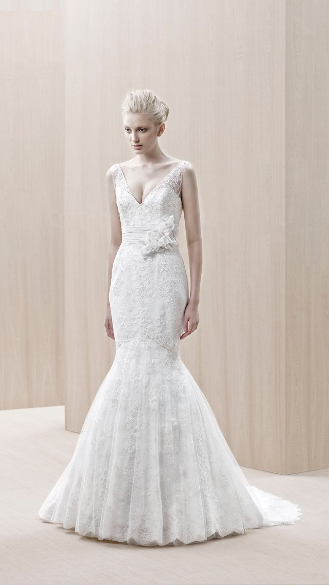 Wedding Dresses, Sweetheart Wedding Dresses, Mermaid Wedding Dresses, Lace Wedding Dresses, Romantic Wedding Dresses, Fashion, white, ivory, Vineyard, Garden, Flowers, Shabby Chic, Romantic, Lace, Sweetheart, Tulle, Floor, Country, Mermaid/Trumpet, Fit-n-Flare, Blue by Enzoani, trumpet wedding dresses, tulle wedding dresses, Flower Wedding Dresses, Floor Wedding Dresses, Shabby Chic Wedding Dresses