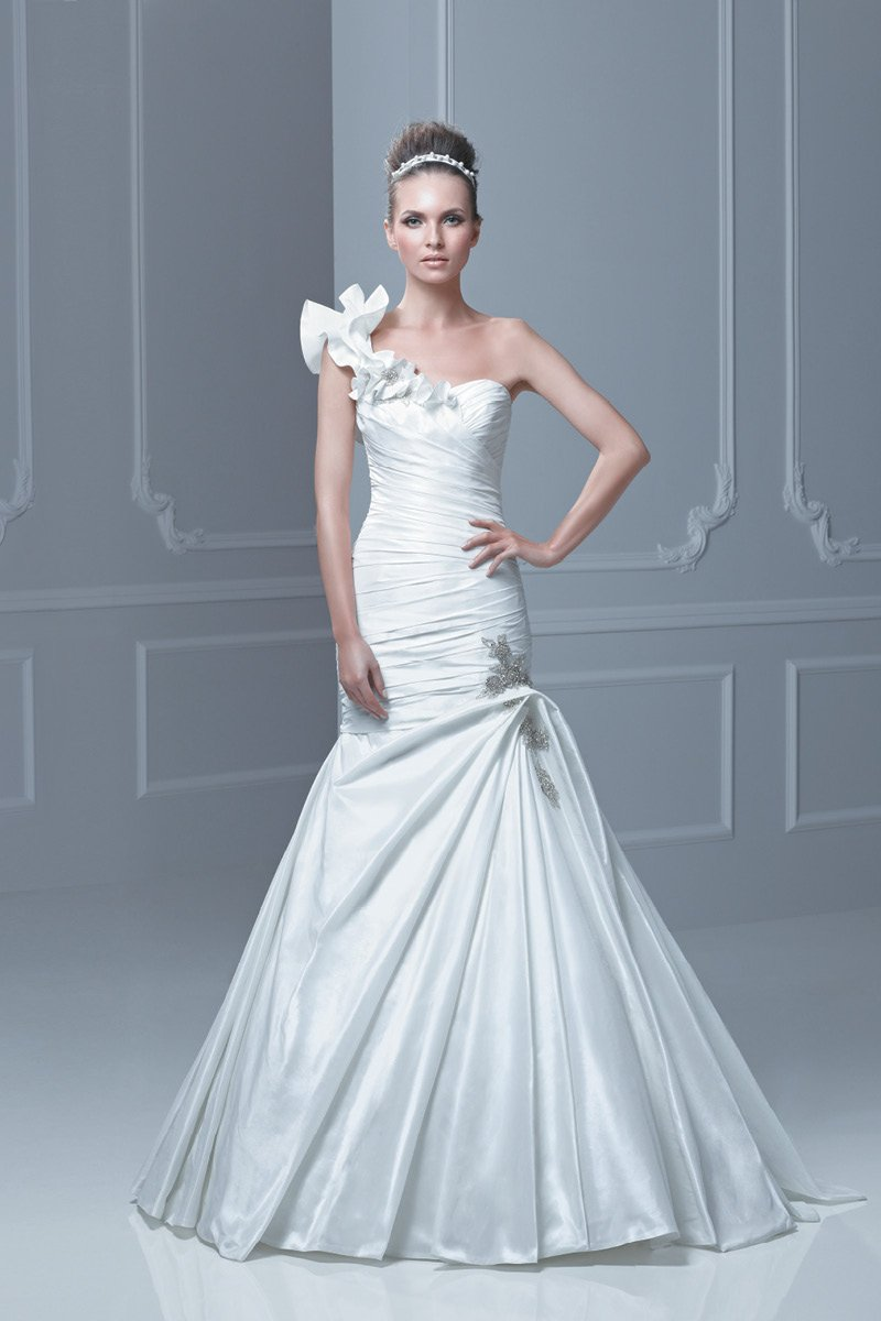 Wedding Dresses, One-Shoulder Wedding Dresses, Mermaid Wedding Dresses, Ruffled Wedding Dresses, Fashion, ivory, Summer, Winter, Modern, Beading, Floor, Ruffles, Dropped, Museum, Taffeta, Ruching, One-shoulder, Avant-Garde, Mermaid/Trumpet, Blue by Enzoani, modern space, Modern Wedding Dresses, Beaded Wedding Dresses, taffeta wedding dresses, trumpet wedding dresses, winter wedding dresses, Summer Wedding Dresses, Floor Wedding Dresses