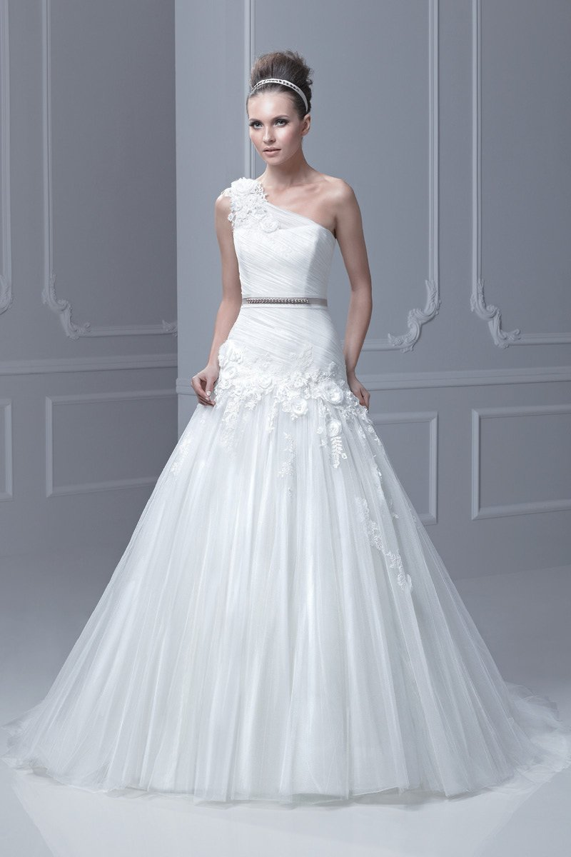 Wedding Dresses, One-Shoulder Wedding Dresses, A-line Wedding Dresses, Fashion, ivory, Summer, Modern, Flowers, A-line, Tulle, Floor, Formal, Natural, Ballroom, Museum, Ruching, One-shoulder, Blue by Enzoani, modern space, Modern Wedding Dresses, tulle wedding dresses, Flower Wedding Dresses, Formal Wedding Dresses, Summer Wedding Dresses, Floor Wedding Dresses