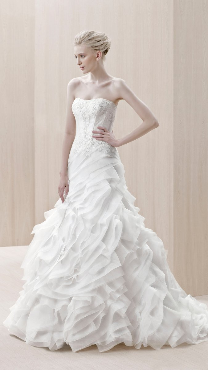 Wedding Dresses, Sweetheart Wedding Dresses, A-line Wedding Dresses, Ruffled Wedding Dresses, Lace Wedding Dresses, Fashion, white, ivory, Modern, Lace, Sweetheart, Strapless, Strapless Wedding Dresses, A-line, Floor, Formal, Organza, Ballroom, Ruffles, Museum, Avant-Garde, Blue by Enzoani, modern space, Modern Wedding Dresses, organza wedding dresses, Formal Wedding Dresses, Floor Wedding Dresses