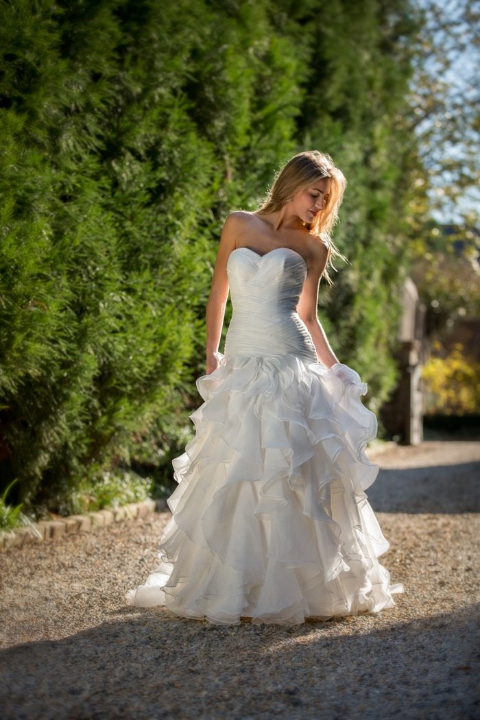 Wedding Dresses, Sweetheart Wedding Dresses, Ruffled Wedding Dresses, Fashion, Sweetheart, Anne barge, Strapless, Strapless Wedding Dresses, Organza, Ruffles, Dropped, Pleats, organza wedding dresses