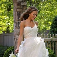 Wedding Dresses, Sweetheart Wedding Dresses, A-line Wedding Dresses, Ruffled Wedding Dresses, Fashion, Sweetheart, Anne barge, Strapless, Strapless Wedding Dresses, A-line, Organza, Natural, Ruffles, Ruching, Sash/Belt, organza wedding dresses, Sash Wedding Dresses, Belt Wedding Dresses