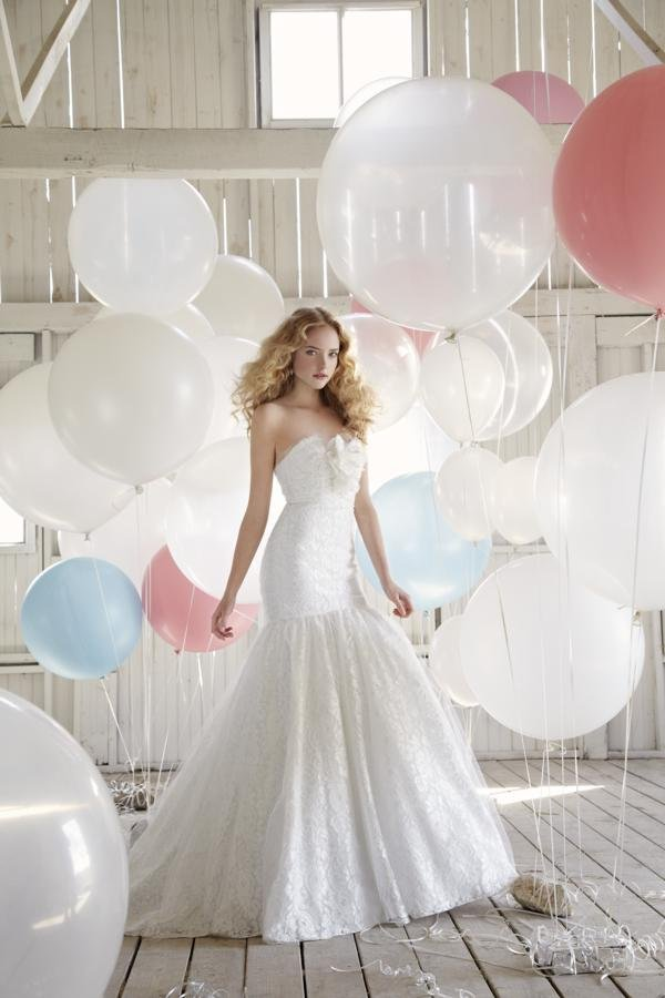 Wedding Dresses, Sweetheart Wedding Dresses, Mermaid Wedding Dresses, Lace Wedding Dresses, Hollywood Glam Wedding Dresses, Fashion, white, ivory, Flowers, Lace, Sweetheart, Strapless, Strapless Wedding Dresses, Tulle, Floor, Cotton, Sleeveless, Fit-n-Flare, hollywood glam, Jim Hjelm Blush, tulle wedding dresses, Flower Wedding Dresses, Floor Wedding Dresses, Cotton Wedding Dresses