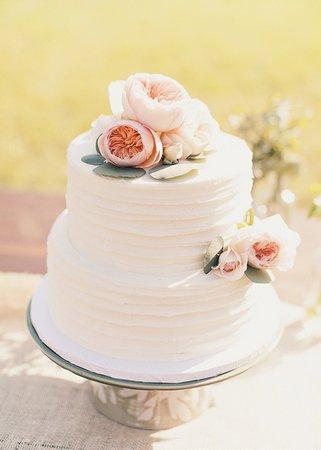 Cakes, Wedding Style, white, pink, Beach Wedding Cakes, Classic Wedding Cakes, Floral Wedding Cakes, Round Wedding Cakes, Wedding Cakes, Classic Weddings