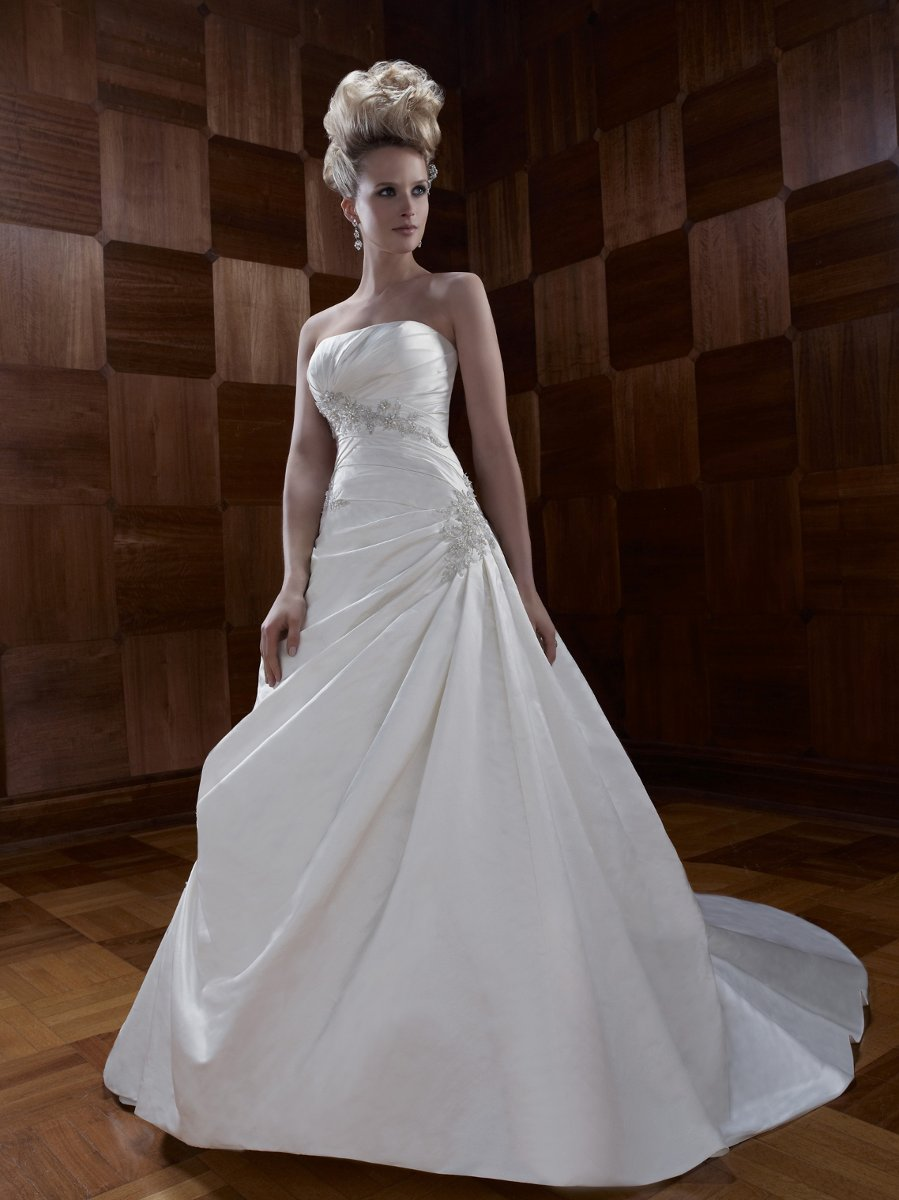 Wedding Dresses, A-line Wedding Dresses, Fashion, ivory, Winter, Strapless, Strapless Wedding Dresses, A-line, Beading, Floor, Formal, Ballroom, Silk, Pleats, Ruching, Cb couture, historic site, modern space, Beaded Wedding Dresses, winter wedding dresses, Formal Wedding Dresses, Silk Wedding Dresses, Floor Wedding Dresses