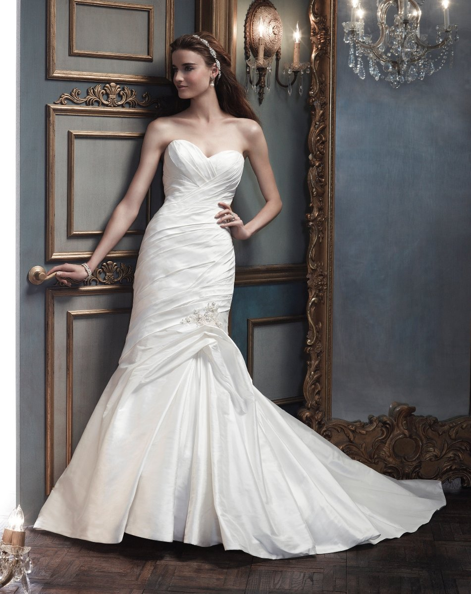 Wedding Dresses, Sweetheart Wedding Dresses, Mermaid Wedding Dresses, Vintage Wedding Dresses, Fashion, white, ivory, silver, Vintage, Classic, Sweetheart, Strapless, Strapless Wedding Dresses, Beading, Floor, Silk, Dropped, Pleats, Pick-ups, Sleeveless, Ruching, Cb couture, Mermaid/Trumpet, Fit-n-Flare, Beaded Wedding Dresses, trumpet wedding dresses, Classic Wedding Dresses, Silk Wedding Dresses, Floor Wedding Dresses