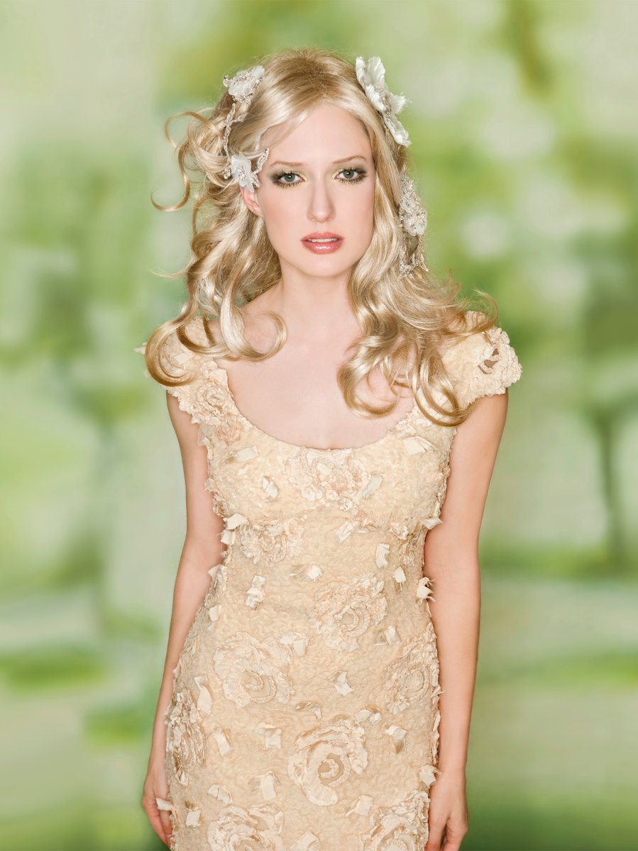 Wedding Dresses, Romantic Wedding Dresses, Beach Wedding Dresses, Fashion, ivory, gold, Beach, Eco-Friendly, Garden, Flowers, Boho Chic, Romantic, Sheath, Tulle, Floor, Natural, Silk, Scoop, Claire pettibone, cap sleeve, Boho Chic Wedding Dresses, tulle wedding dresses, Flower Wedding Dresses, Sheath Wedding Dresses, Silk Wedding Dresses, Scoop Neckline Wedding Dresses, Floor Wedding Dresses, Eco Friendly Wedding Dresses