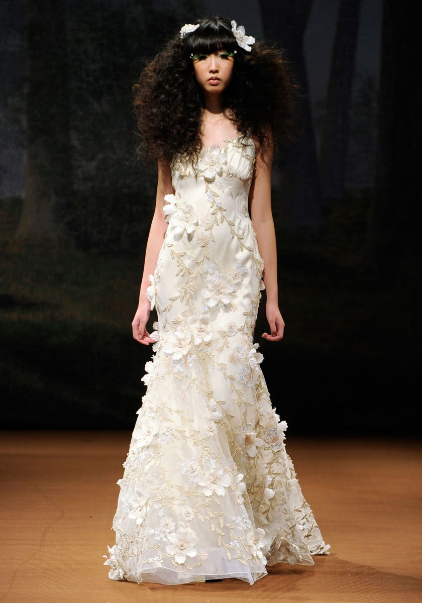 Wedding Dresses, Romantic Wedding Dresses, Fashion, ivory, Eco-Friendly, Vineyard, Garden, Flowers, Boho Chic, Romantic, V-neck, V-neck Wedding Dresses, Sheath, Tulle, Petals, Floor, Country, Silk, Sleeveless, Claire pettibone, Boho Chic Wedding Dresses, tulle wedding dresses, Flower Wedding Dresses, Sheath Wedding Dresses, Silk Wedding Dresses, Floor Wedding Dresses, Eco Friendly Wedding Dresses